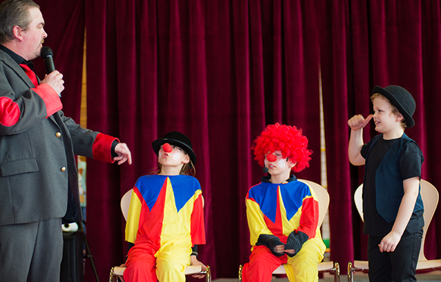 Clowns in Kernis Zirkus Projekt